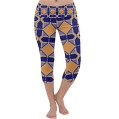 Squares   Geometric Pattern Capri Yoga Leggings