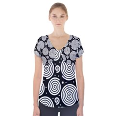 Black And White Hypnoses Short Sleeve Front Detail Top