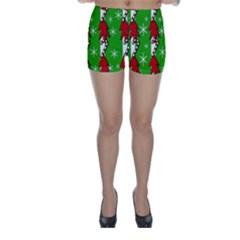 Christmas pattern - green Skinny Shorts