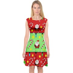 Christmas pattern - green and red Capsleeve Midi Dress