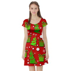 Christmas trees and gifts pattern Short Sleeve Skater Dress