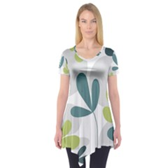 Elegant Floral Design Short Sleeve Tunic