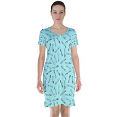 Spoonie Strong Print In Light Turquiose Short Sleeve Nightdress