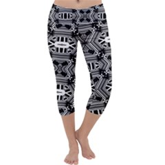 Cyber Celect Capri Yoga Leggings