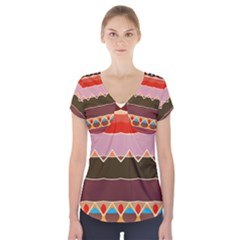 Waves And Other Shapes                                     Short Sleeve Front Detail Top