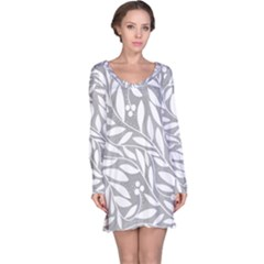 Gray and white floral pattern Long Sleeve Nightdress