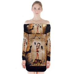 Halloween, Cute Girl With Pumpkin And Spiders Long Sleeve Off Shoulder Dress