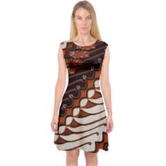 Traditional Batik Sarong Capsleeve Midi Dress
