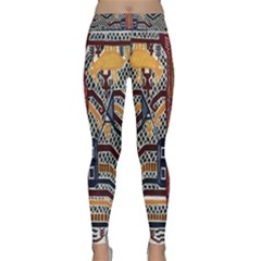 Traditional Batik Indonesia Pattern Yoga Leggings