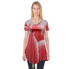 Red Tulip Watercolor Painting Short Sleeve Tunic