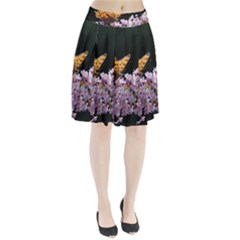 Butterfly sitting on flowers Pleated Skirt