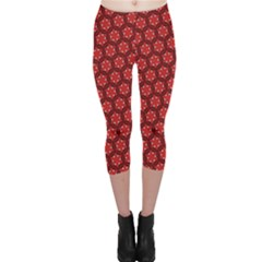 Red Passion Floral Pattern Capri Leggings