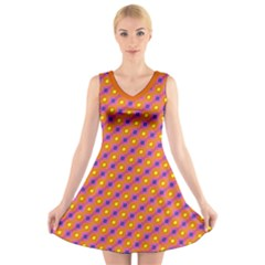 Vibrant Retro Diamond Pattern V Neck Sleeveless Dress