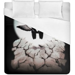 The World Comes Crashing Down Duvet Cover (king Size)