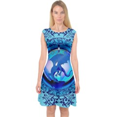 The Blue Dragpn On A Round Button With Floral Elements Capsleeve Midi Dress