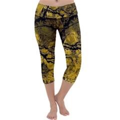 Colorful The Beautiful Of Traditional Art Indonesian Batik Pattern Capri Yoga Leggings