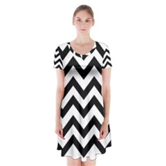 Black And White Chevron Short Sleeve V-neck Flare Dress