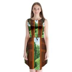 Beautiful World Entry Door Fantasy Sleeveless Chiffon Dress