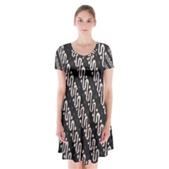 Batik Jarik Parang Short Sleeve V-neck Flare Dress