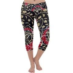 Art Batik Pattern Capri Yoga Leggings