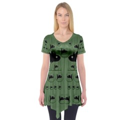 Pescado Fish Con Pasta And Baby Fishes Short Sleeve Tunic