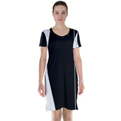 White and black 2 Short Sleeve Nightdress