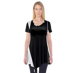 White and black 2 Short Sleeve Tunic