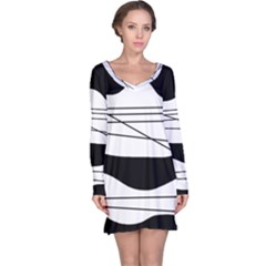 White and black waves Long Sleeve Nightdress