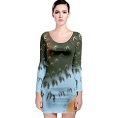 Sun-Ray Swirl Pattern Long Sleeve Bodycon Dress