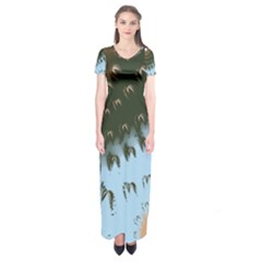 Sun Ray Swirl Pattern Short Sleeve Maxi Dress