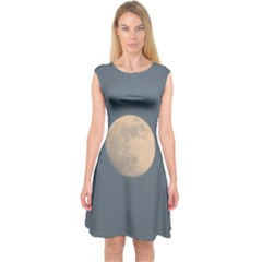 The Moon and blue sky Capsleeve Midi Dress