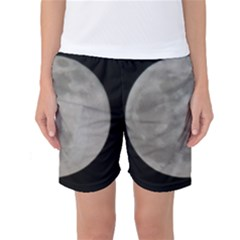 Close to the full Moon Women s Basketball Shorts