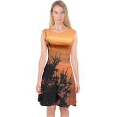 Christmas tree and sunset Capsleeve Midi Dress