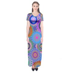 Funky Flowers B Short Sleeve Maxi Dress