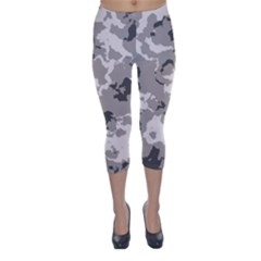 WINTER CAMOUFLAGE Capri Winter Leggings