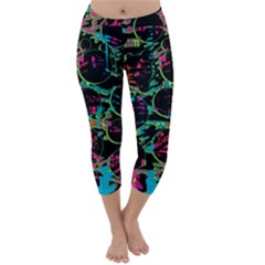 Graffiti style design Capri Winter Leggings