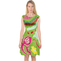 Green Organic Abstract Capsleeve Midi Dress