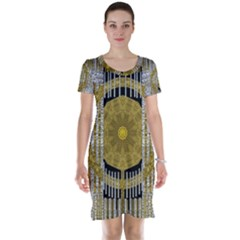 Silver And Gold Is The Way To Luck Short Sleeve Nightdress