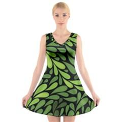 Free Green Nature Leaves Seamless V Neck Sleeveless Skater Dress