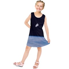 Astronaut Floating Above The Blue Planet Kids  Tunic Dress