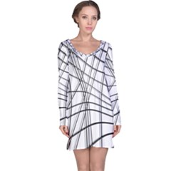 White and black warped lines Long Sleeve Nightdress