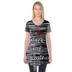 I Love Black And White 2 Short Sleeve Tunic