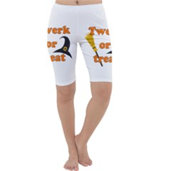 Twerk Or Treat   Funny Halloween Design Cropped Leggings