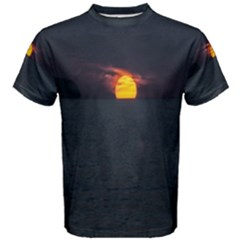 Sunset Ocean Azores Portugal Sol Men s Cotton Tee