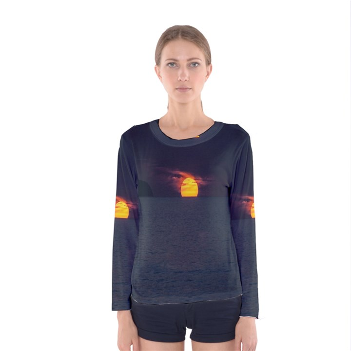 Sunset Ocean Azores Portugal Sol Women s Long Sleeve Tee