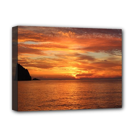 Sunset Sea Afterglow Boot Deluxe Canvas 16  x 12