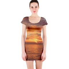 Sunset Sea Afterglow Boot Short Sleeve Bodycon Dress