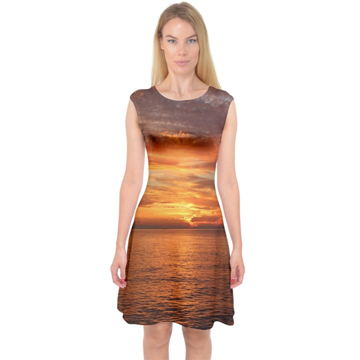 Sunset Sea Afterglow Boot Capsleeve Midi Dress