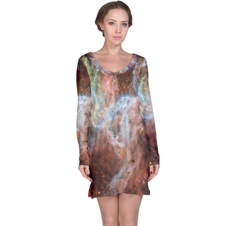 Tarantula Nebula Central Portion Long Sleeve Nightdress