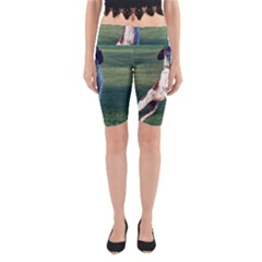 English Springer Catching Ball Yoga Cropped Leggings